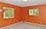 29 E Steelhead Dr, Tidewater, OR 97390 - Bed Room!