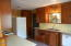 6521 SW Harbor Ave, Lincoln City, OR 97367 - Kitchen