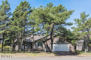 34320 Cape Kiwanda Drive, Pacific City, OR 97135 - Exterior from Street