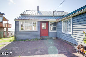7145 NW Logan Rd, Lincoln City, OR 97367 - Front of the Beach Bungalow