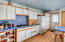 375 Monterey Ave, Lincoln City, OR 97367 - Kitchen