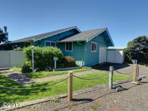 1374 SW Seawoods Ter, Waldport, OR 97394 - Front of House