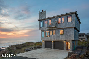 67 W Windy Ln., Yachats, OR 97498 - Exterior