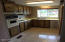 3316 NE Avery St, Newport, OR 97365 - Kitchen