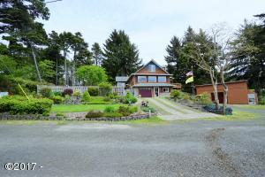 10455 NW Line St, Seal Rock, OR 97376 - House