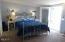 120 Lorraine St, Gleneden Beach, OR 97388 - Master bedroom