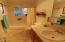 1204 SE 18th St, Toledo, OR 97391 - Hall Bath
