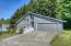 853 NE Lakewood Dr, Newport, OR 97365 - Large Driveway