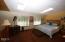 202 N Deer Hill Dr, Waldport, OR 97394 - Master bedroom
