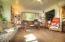 517 SE 4th St, Toledo, OR 97391 - Living Room 2