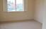 911 SW 12th St, Newport, OR 97365 - Bedroom 1