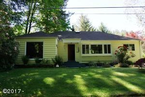 126 N Holiday Lane, Otis, OR 97368 - Exterior