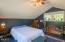 381 Maple Dr, Otis, OR 97368 - Cabin Bedroom