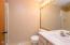 4701 NE Loop Dr, Otis, OR 97368 - Bathroom