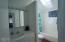 9920 SOUTH Coast Highway, South Beach, OR 97366 - Upstairs Bathroom