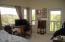 1098 NE 7th Dr, Newport, OR 97365 - Master Bedroom