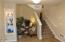 255 NW Fayette St, Waldport, OR 97394 - Entry Foyer!