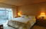 4175 N Hwy 101, M-1, Depoe Bay, OR 97341 - Hurley condo master bed
