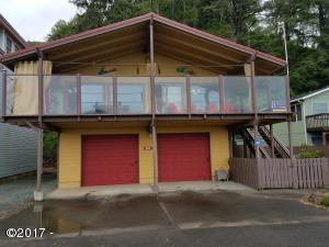 14895 N Hwy 101, Rockaway Beach, OR 97136 - Front of Home