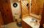 5706 NW Keel Avenue, Lincoln City, OR 97367 - bathroom 2