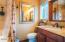 585 NW Aspen St, Toledo, OR 97391 - Bathroom