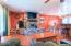 585 NW Aspen St, Toledo, OR 97391 - Living Room