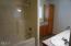 2501 NE 27th Drive, Lincoln City, OR 97367 - Master Bath