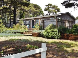 1140 SW Edgewater Dr, Waldport, OR 97394 - Main MLS Photo