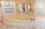 1140 SW Edgewater Dr, Waldport, OR 97394 - Master Tub
