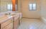 3279 Yachats River Road, Yachats, OR 97498 - Upstairs Bathroom#2