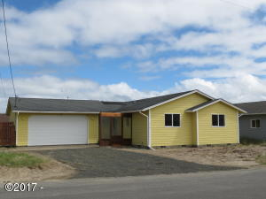 1910 NW Bridgeview Dr, Waldport, OR 97394 - Front Exterior