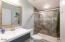 2646 NE 36th Dr, Lincoln City, OR 97367 - Main Bathroom