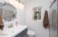 2646 NE 36th Dr, Lincoln City, OR 97367 - Master Bathroom