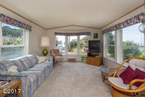 6370 Raymond Ave, Gleneden Beach, OR 97388 - 6370 Raymond Ave (mls)-1
