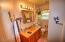 1224 SE Collier Ave, Toledo, OR 97391 - Bathroom