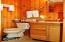 14366 Siletz Hwy, Lincoln City, OR 97367 - Bathroom 4