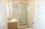 630 SE Jetty Ave, Lincoln City, OR 97367 - Bathroom