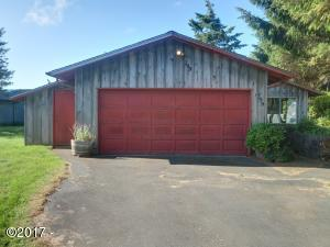 799 NW Estate Pl, Seal Rock, OR 97376 - Front of House