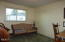 1025 S Crestline Dr, Waldport, OR 97394 - Bedroom 3