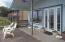 6650 Neptune Ave, Gleneden Beach, OR 97388 - Front Porch (1280x850)