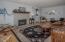 6650 Neptune Ave, Gleneden Beach, OR 97388 - Living Room - View 1 (1280x850)