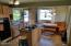 6835 SW Inlet Ave, Lincoln City, OR 97367 - Welcoming kitchen