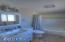 653 SE 4th St, Newport, OR 97365 - Master bedroom