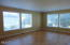 3893 NW Port Ave, Lincoln City, OR 97367 - Living room