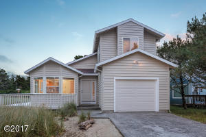 34345 Sandpiper Dr, Pacific City, OR 97135 - Front exterior