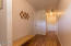 2138 NW Mast Ave, Lincoln City, OR 97367 - Entry