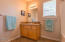 2138 NW Mast Ave, Lincoln City, OR 97367 - Guest Bathroom