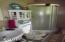 199/197 SE South 40 Ln, Depoe Bay, OR 97341 - Main Floor Bathroom