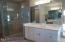 754 NW Highland Dr, Waldport, OR 97394 - Master bath