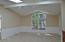 130 NE Magnolia St, Toledo, OR 97391 - Family/Great Room